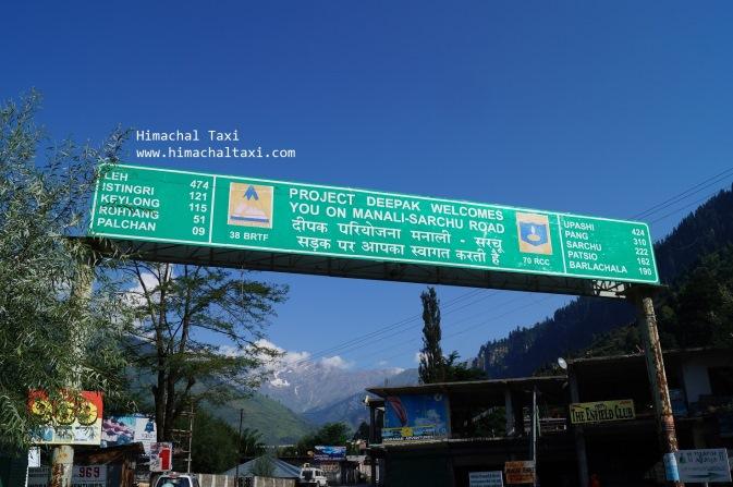 Roahtang Pass signboard Manali