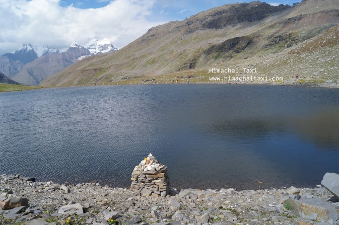 Lake beyond Rohtang Pass